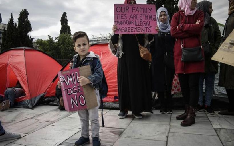 Κολλημένη στη γραφειοκρατία η οικογενειακή επανένωση για τους ασυνόδευτους πρόσφυγες