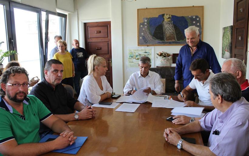«Λίφτινγκ» στο «Παντελής Μαγουλάς» με εργασίες συντήρησης και αλλαγής χλοοτάπητα από την  Περιφέρεια Θεσσαλίας