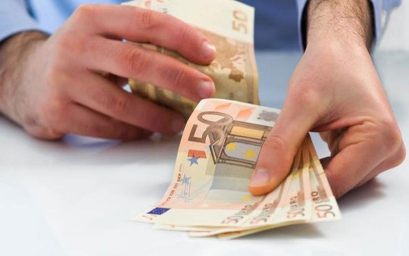 """""""Οχυρώνονται"""" πίσω από το Ν. Κατσέλη 40.000 δανειολήπτες"""