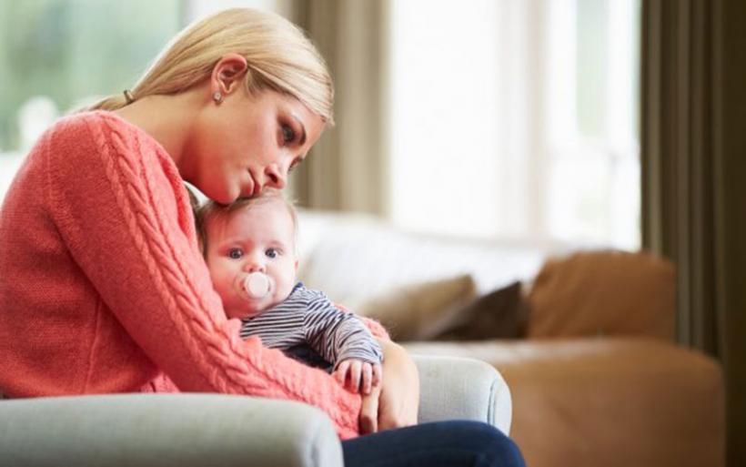 Γιατί η ψυχική υγεία της μητέρας μας αφορά όλους;