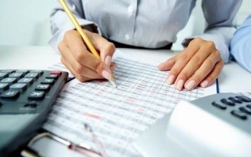 Τι εισφορές θα πληρώνουν οι επαγγελματίες το 2019 - Αναλυτικοί πίνακες