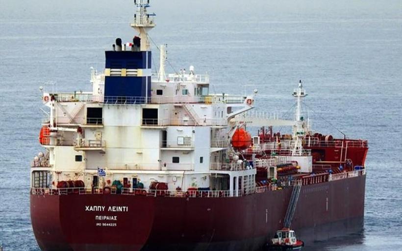 Ένοπλη επίθεση σε ελληνικό τάνκερ στο Καμερούν - Όμηροι πέντε Έλληνες ναυτικοί