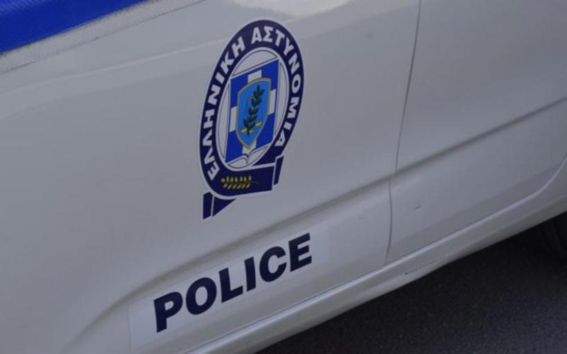 Αστυνομικοί πουλούσαν πλαστά διαβατήρια σε κακοποιούς