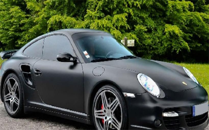 Κάθειρξη έξι ετών σε Βολιώτη για ιδιοποίηση αυτοκινήτου Porsche