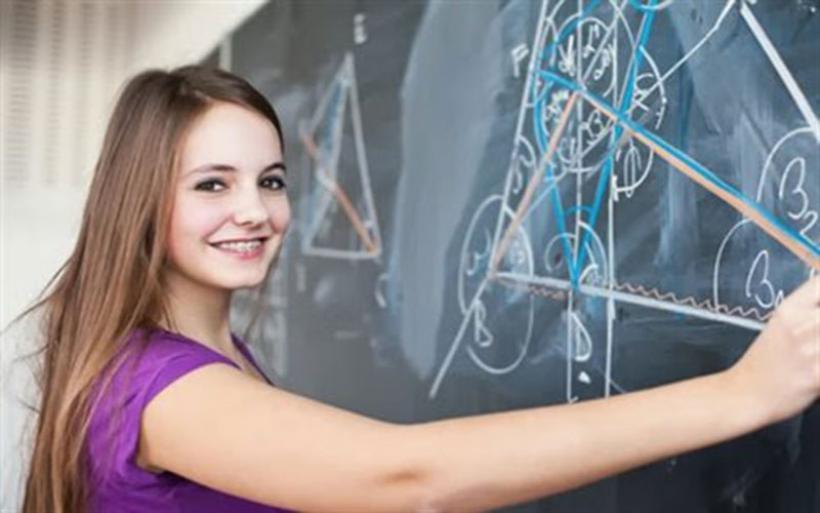 Οι ορμόνες της εφηβείας προκαλούν αλλαγές στη διαδικασία της μάθησης