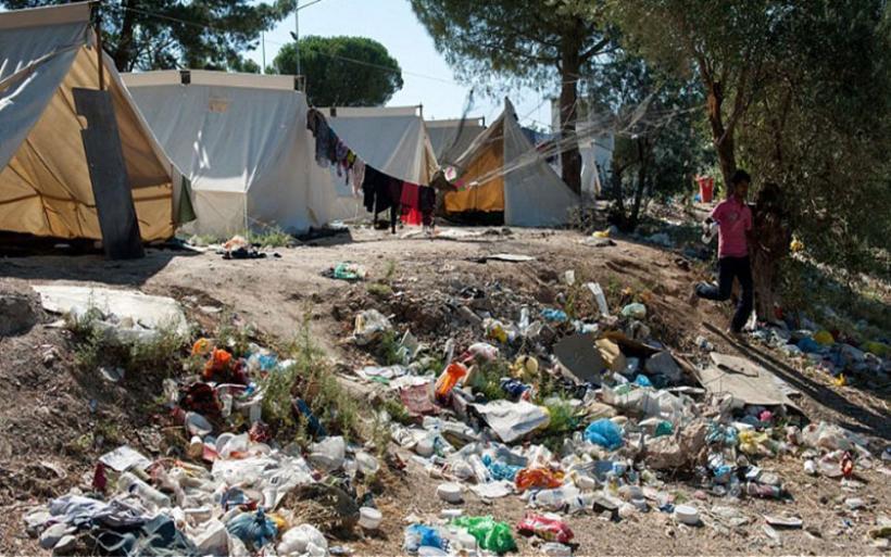 Αυστριακή Kurier: Οι μετανάστες στα ελληνικά hotspot «ζουν μεταξύ αρουραίων και κατσαρίδων»