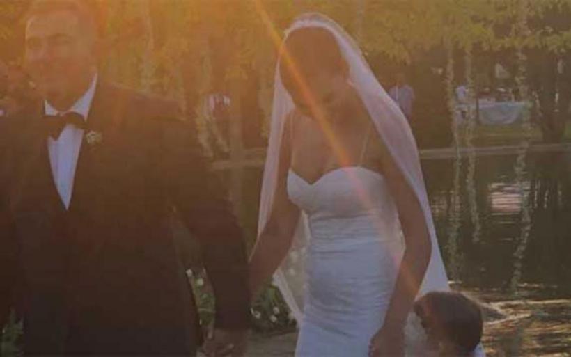 Bίντεο από το γάμο του Αντώνη Ρέμου με την Υβόννη Μπόσνιακ