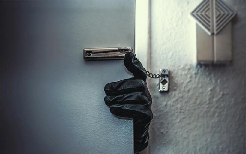 Απίστευτο περιστατικό στη Ρόδο: Ο διαρρήκτης μετάνιωσε και κάλεσε την αστυνομία για να τον συλλάβει