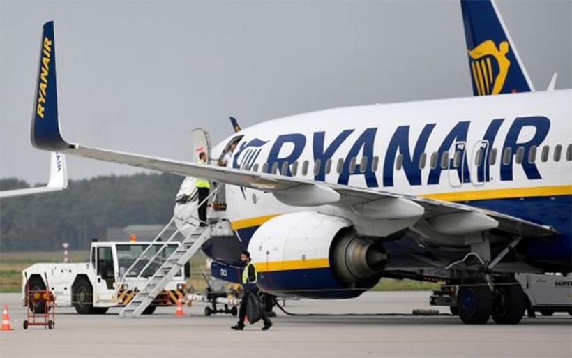 Σε κλοιό απεργιών η Ryanair μέσα στον Αύγουστο - Γιατί διαμαρτύρονται πιλότοι και προσωπικό καμπίνας