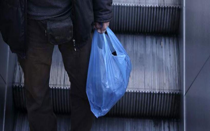 Πλαστικές σακούλες: Ξεκινάει η απόδοση του ειδικού τέλους -Οι πληρωμές και τα πρόστιμα