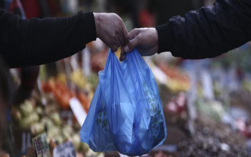 Τέλος οι φθηνές (με 4 λεπτά) σακούλες -Πόσο αυξάνεται η τιμή τους από 1η Ιανουαρίου