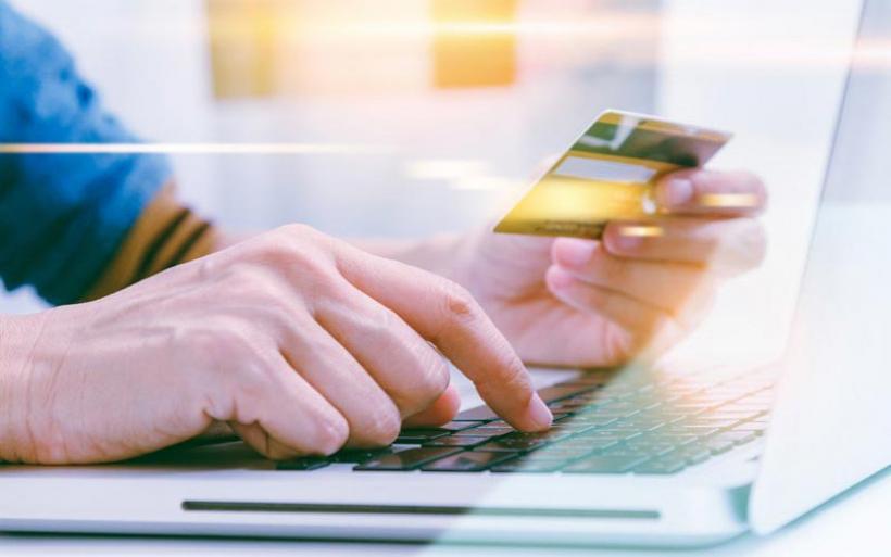 Πώς έστησαν την απάτη με online αγορές κινητών