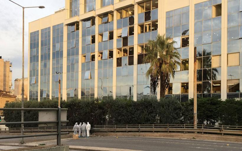Σημαντικές υλικές ζημιές από την έκρηξη στο κτήριο του ΣΚΑΪ