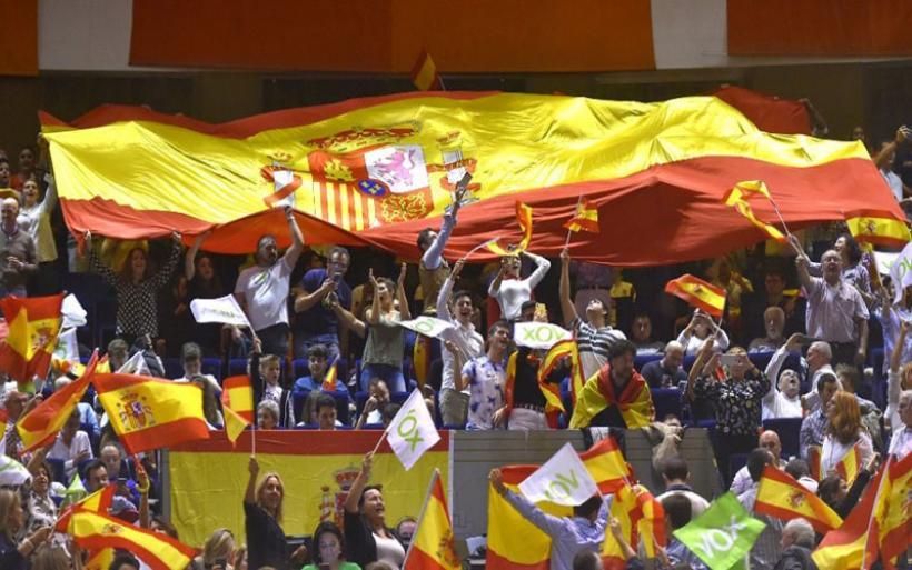Ισπανία: Δημοσκοπήσεις «δείχνουν» πολιτικό αδιέξοδο μια βδομάδα πριν τις εκλογές