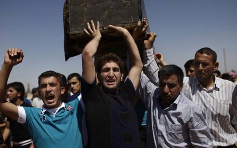 Σχεδόν 90 άμαχοι νεκροί από «τουρκικούς βομβαρδισμούς» στη Συρία