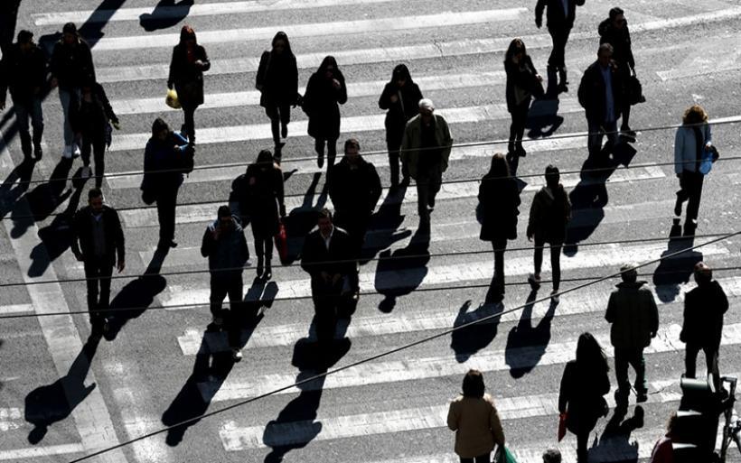 Στα «τάρταρα» ο δείκτης οικονομικού κλίματος στην ΕΕ - Μικρότερη η μείωση στην Ελλάδα