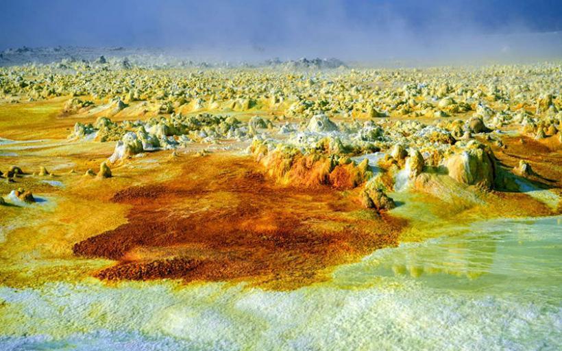 Αναζητώντας «λευκό χρυσό» στο πιο σκληρό μέρος της γης