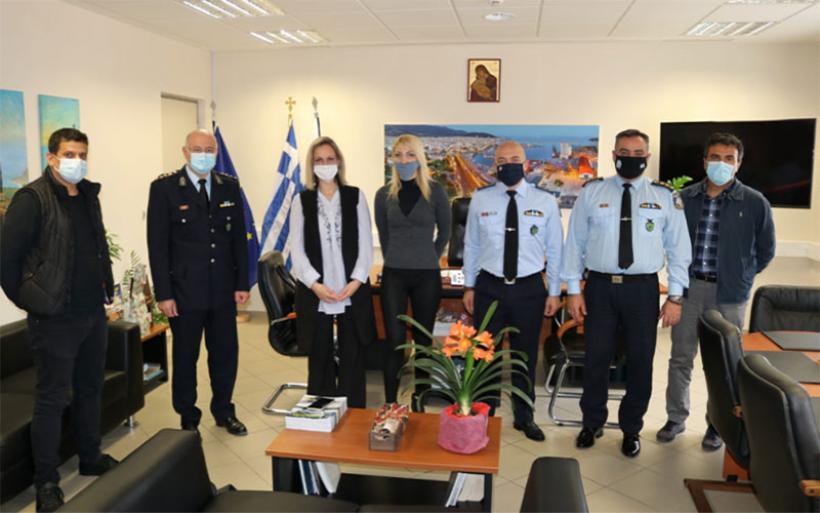 Αλληλεγγύη από την τοπική ομάδα αστυνομικών στον Ξενώνα Γυναικών Θυμάτων Βίας