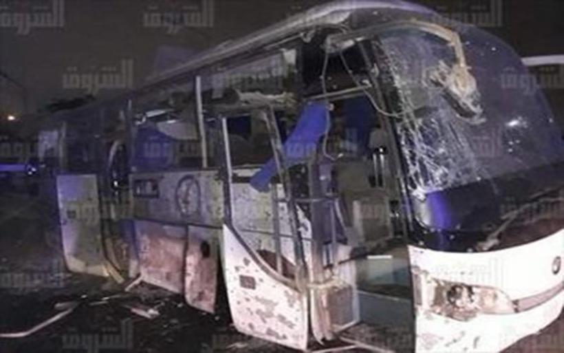 Έκρηξη σε τουριστικό λεωφορείο στο Κάιρο με τουλάχιστον δύο νεκρούς - Σοκάρουν οι πρώτες εικόνες