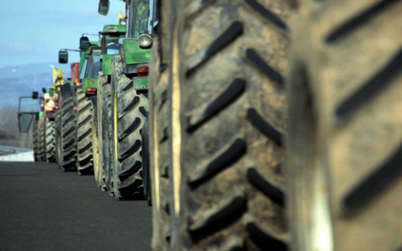 «Ζεσταίνουν» τα τρακτέρ οι αγρότες – Συλλαλητήρια, μπλόκα και συγκεντρώσεις