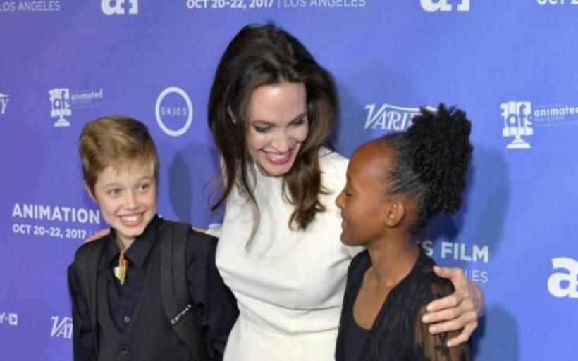 Αντζελίνα Τζολί: Στο κόκκινο χαλί με τις δυο κόρες της