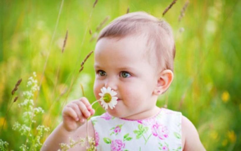 Τι παγίδες κρύβει η άνοιξη για τα μωρά μας;