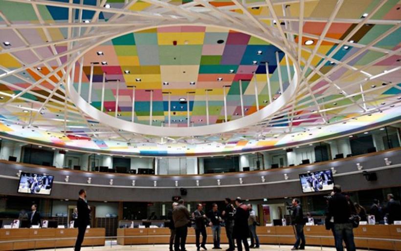 Κρίσιμο Eurogroup το μεσημέρι: Αυστηρό μήνυμα στην Αθήνα πίσω από τις κλειστές πόρτες