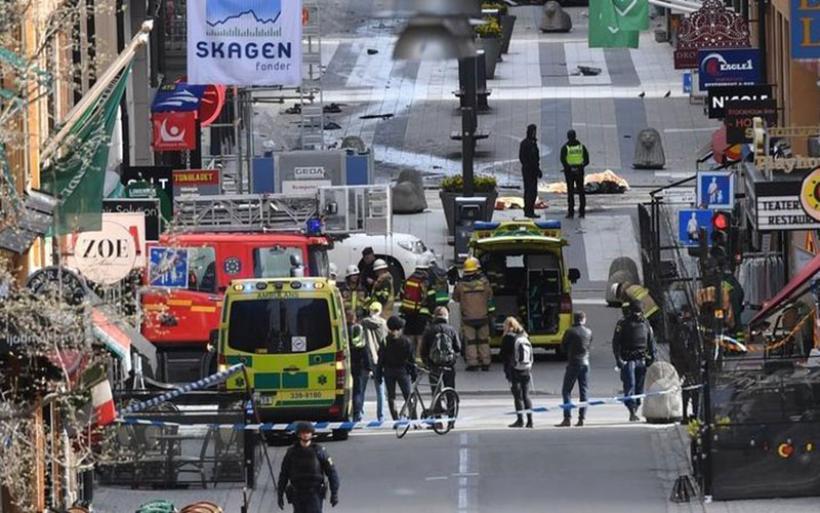 """Οι """"τυφλές"""" επιθέσεις: Από τη Νίκαια στο Βερολίνο και από τη Στοκχόλμη στο Λονδίνο"""