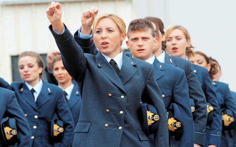 Αυξομειώσεις στις θέσεις εισακτέων στις στρατιωτικές σχολές: Έως τις 19 Μαΐου οι αιτήσεις