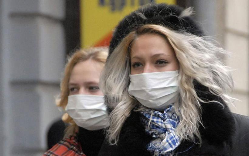 Συναγερμός για εισβολή γρίπης από τα Βαλκάνια