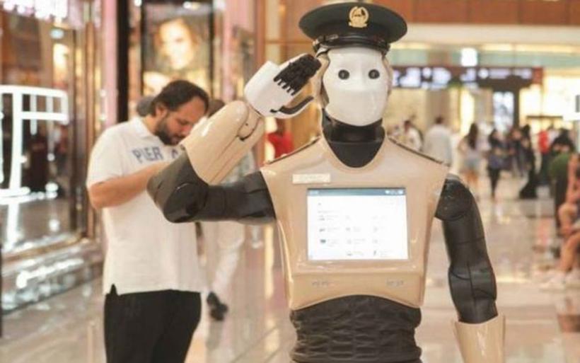 Η επέλαση των ρομπότ: Περιπολούν στο Ντουμπάι, διδάσκουν χορό στην Ιαπωνία