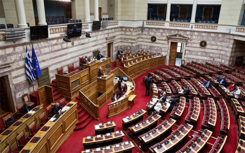 Υπουργείο Εργασίας: Τι προβλέπει το νέο εργασιακό νομοσχέδιο που ψηφίζεται σήμερα – Όλα τα βασικά σημεία