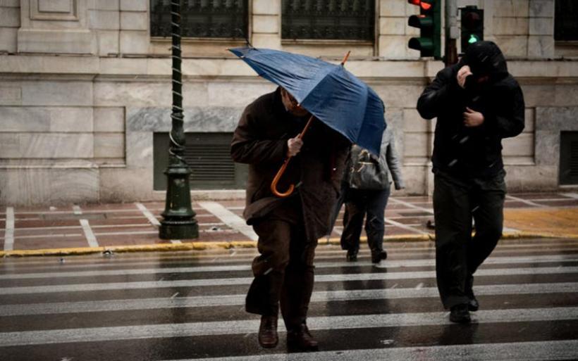 Καιρός: Απανωτά κύματα με βροχές, καταιγίδες και λάσπη! Κίνδυνος για πλημμύρες