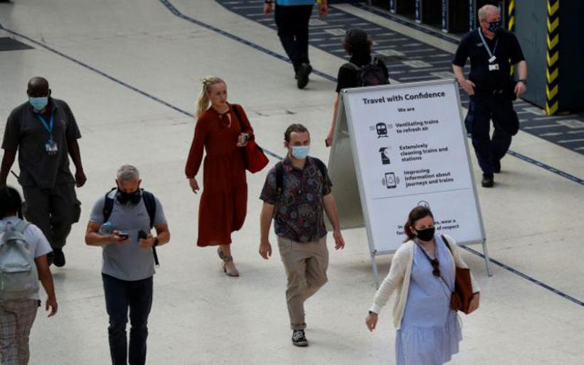 Βρετανία: Έως και 200.000 ημερήσια κρούσματα μετά την άρση των μέτρων προειδοποιούν ειδικοί