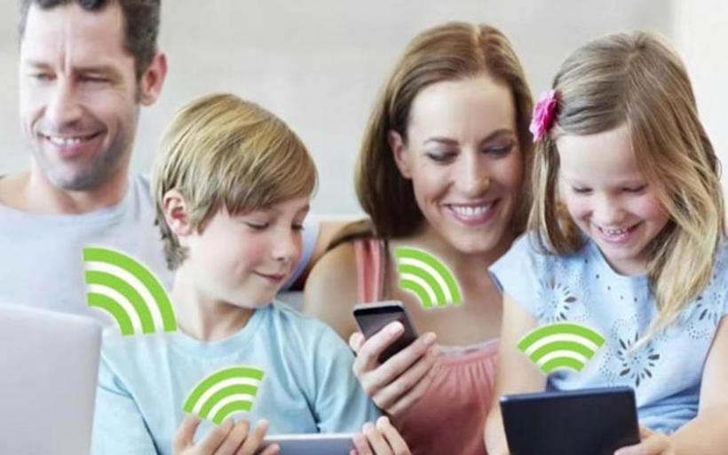 Ακτινοβολία από το Wi-Fi στο σπίτι: Τι ισχύει για τα παιδιά