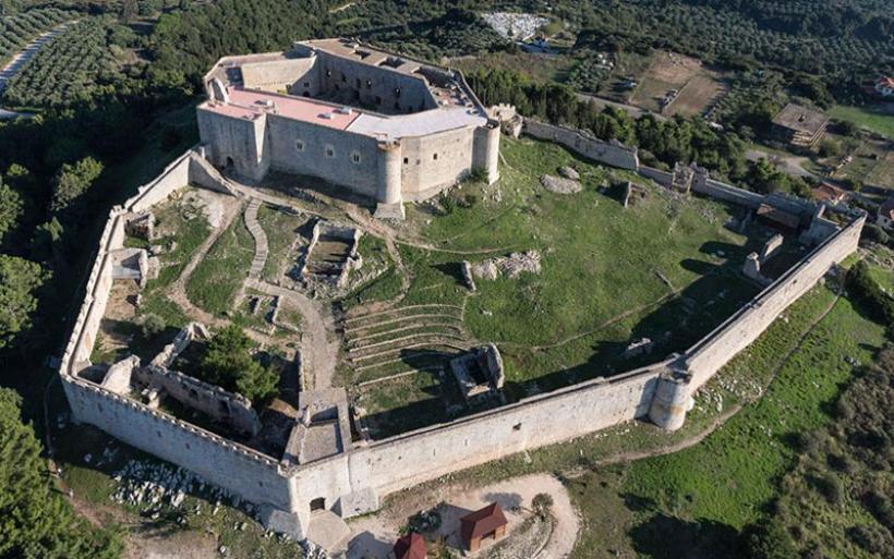 Χλεμούτσι, το μεγαλόπρεπο οχυρό της Ηλείας