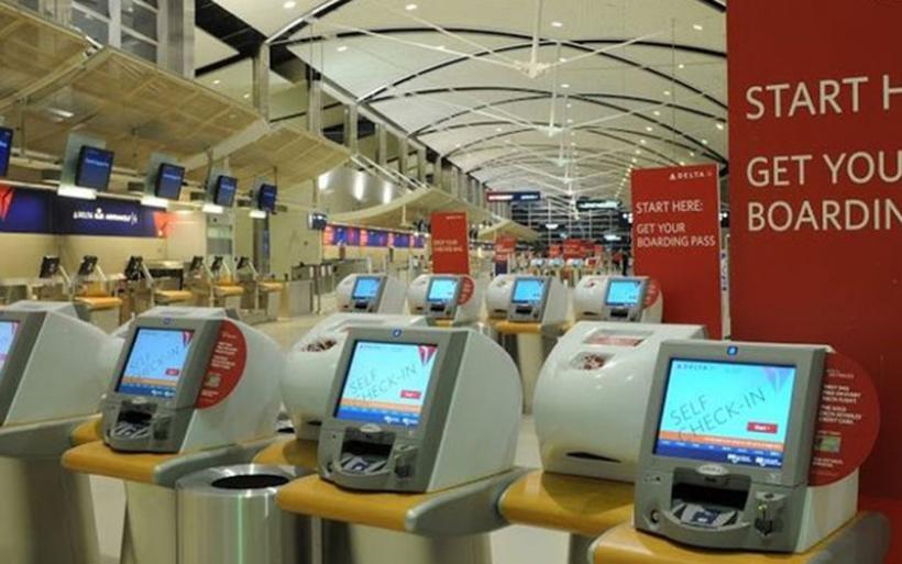 Τεχνικό πρόβλημα επηρέασε τις υπηρεσίες ελέγχου διαβατηρίων σε αμερικανικά αεροδρόμια