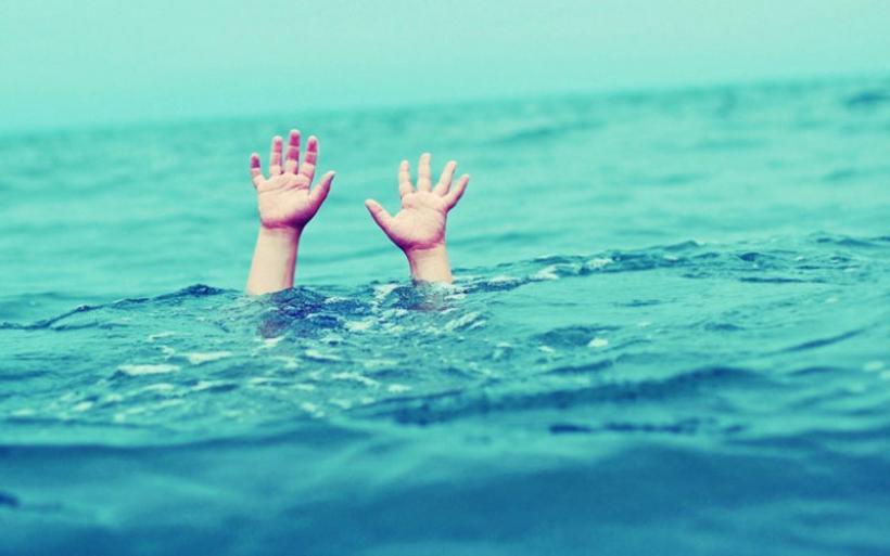 Τραγωδία σε beach bar στην Αυλίδα: Η 6χρονη Χριστίνα έσβησε στη θάλασσα μπροστά στη μητέρα της