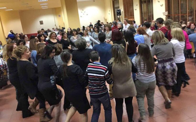 Συνάντηση παραδοσιακών χορευτικών Συλλόγων στο Συνεδριακό Κέντρο της Μητρόπολης Δημητριάδος
