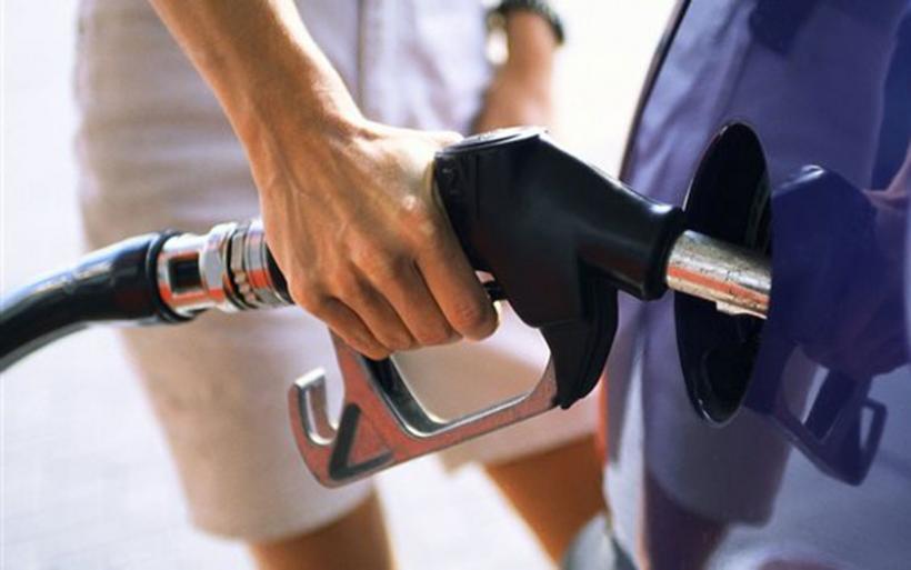 Την τρίτη ακριβότερη βενζίνη στην Ευρώπη έχει η χώρα μας