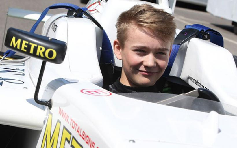Σοκαριστικό ατύχημα στη Formula 4 - Έχασε τα πόδια του 17χρονος