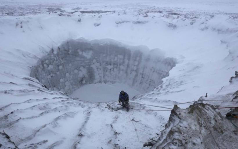 Η αρχαία απειλή που κρύβουν οι πάγοι - Ιοί και βακτήρια μπορεί να «ξυπνήσουν»