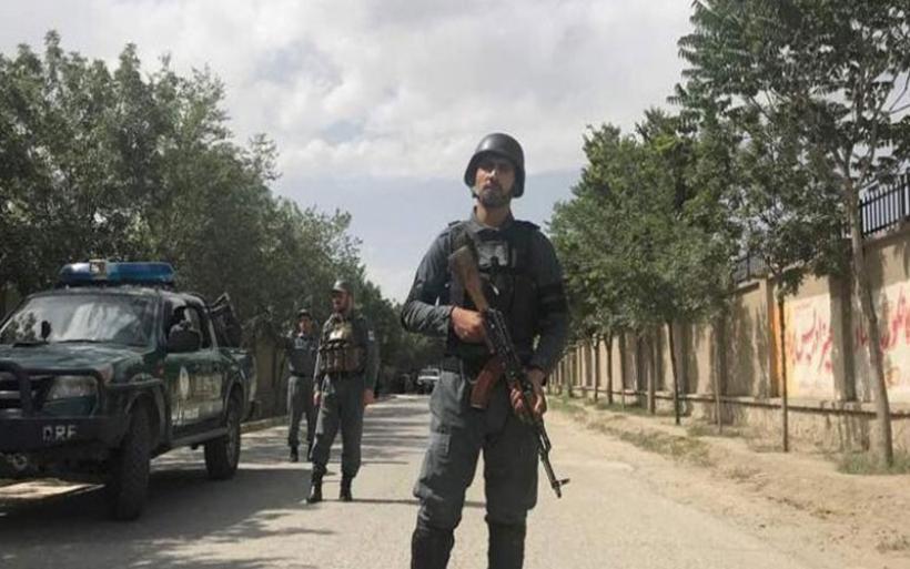 Τουλάχιστον δύο νεκροί από την επίθεση στο υπ. Παιδείας του Αγφανιστάν