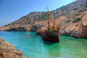 Αμοργός: Το νησί του απέραντου γαλάζιου
