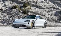"""Το """"γύρισε"""" ο Hamilton και οδηγεί Porsche"""