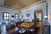 Δήμος Ύδρας: Έκκληση στο δημόσιο να αγοράσει το αρχοντικό Μιαούλη