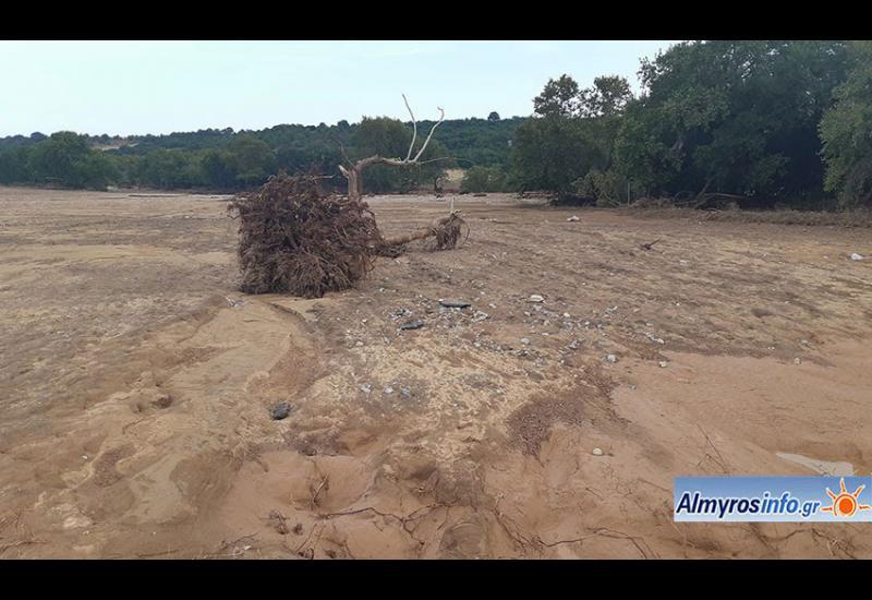 Σε απόγνωση αγρότες του Αλμυρού μετά τις καταστροφές (φωτο&βίντεο)