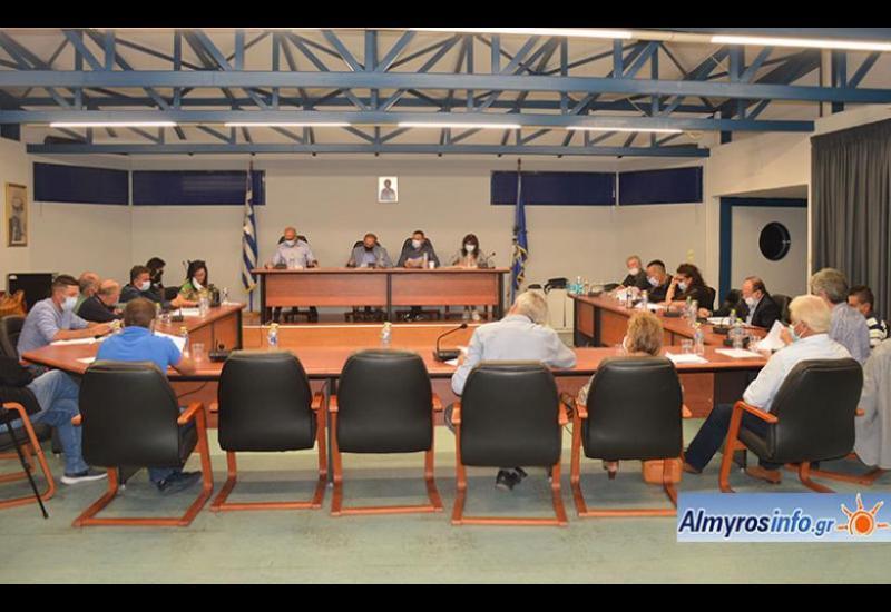 Η συνεδρίαση του Δημοτικού Συμβουλίου Αλμυρού (βίντεο)