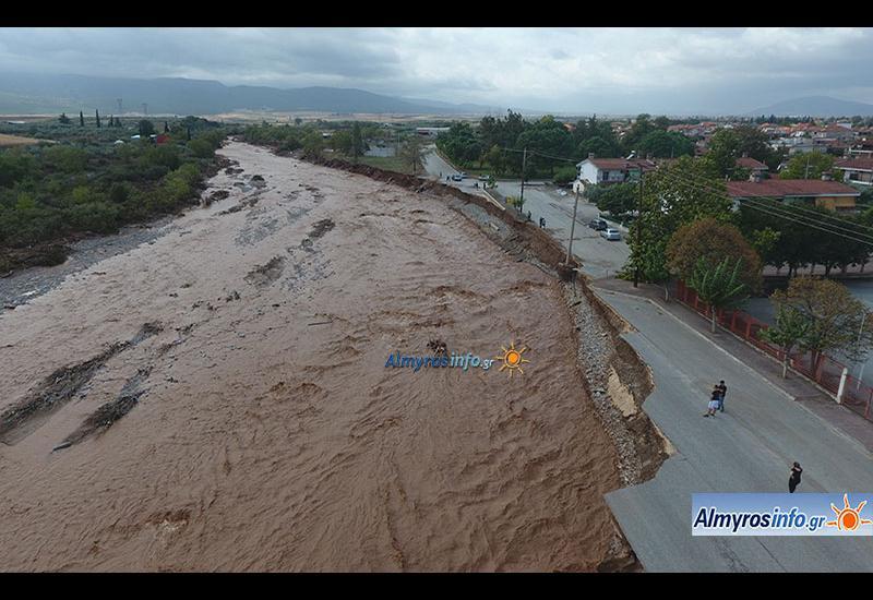 Η καταστροφή στον περιφερειακό Αλμυρού από ψηλά (βίντεο&φωτο)