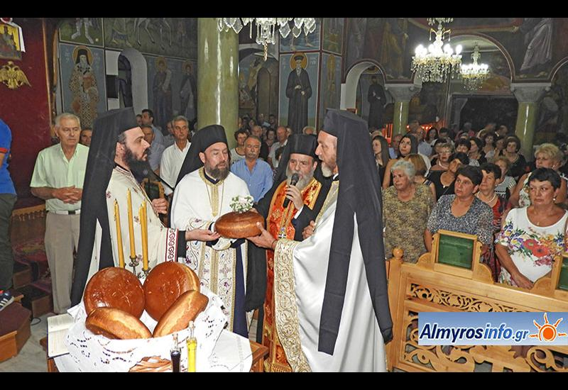 Με λαμπρότητα ο εορτασμός της Αγίας Παρασκευής στην Σούρπη (φώτο&βίντεο)